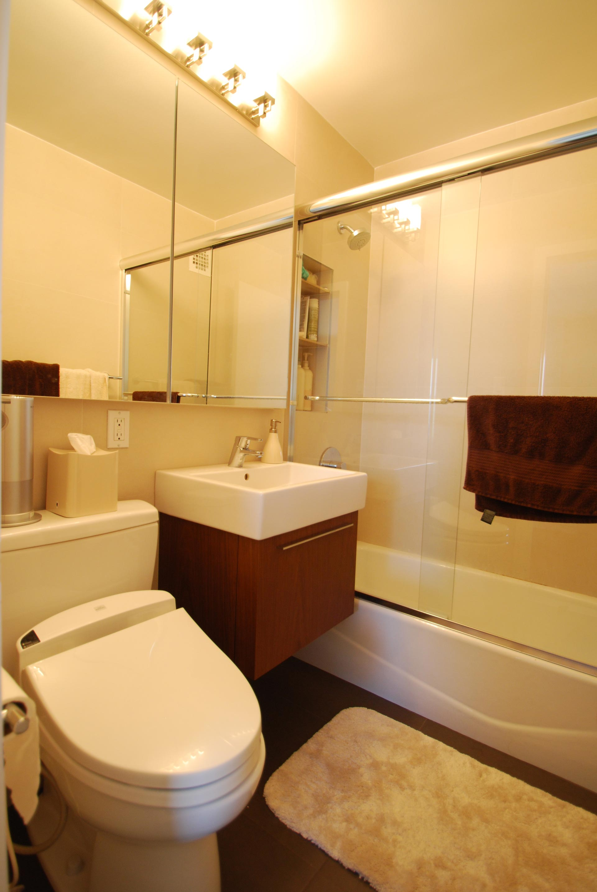 Bathroom (West End)