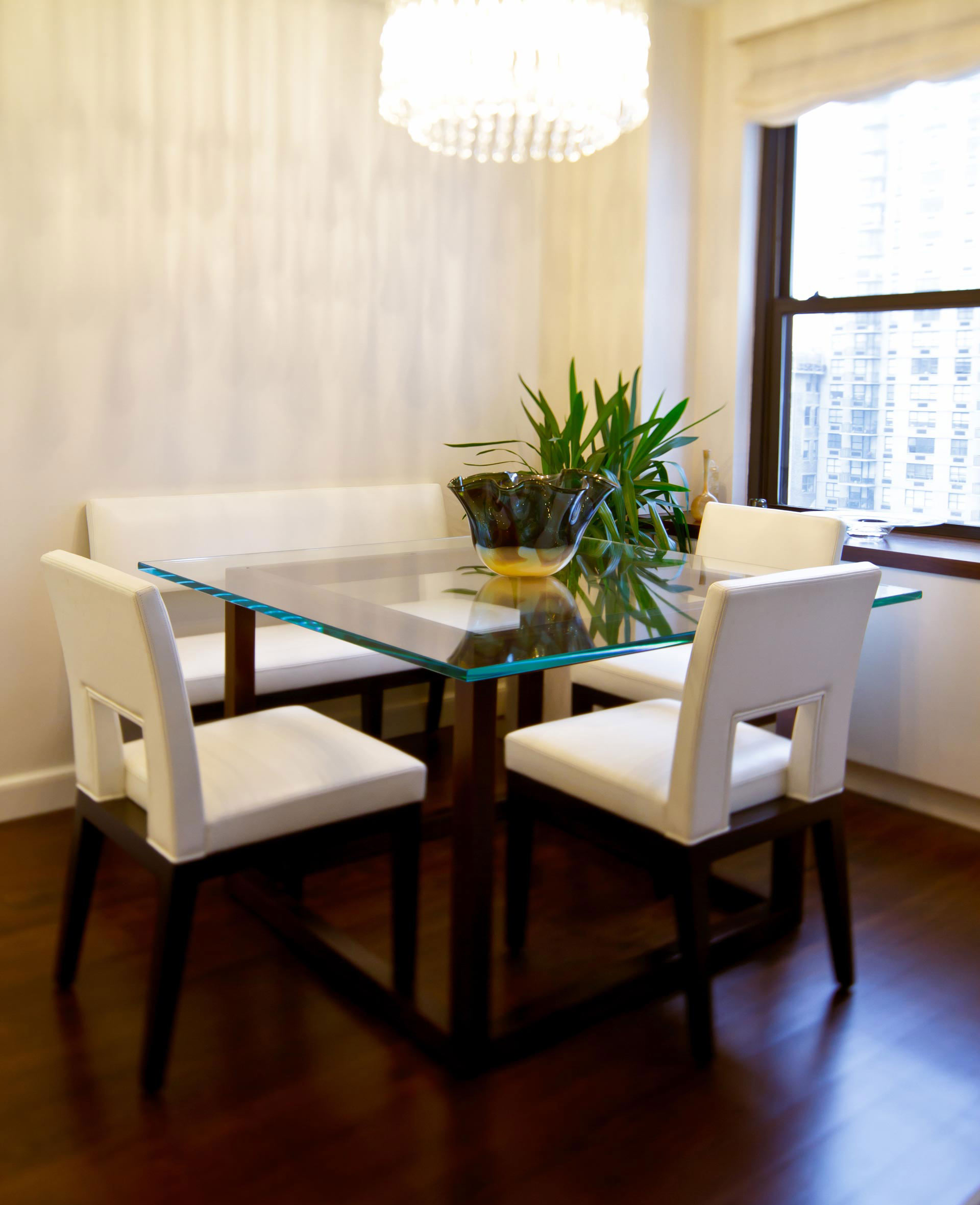 Dining Room (East Side)